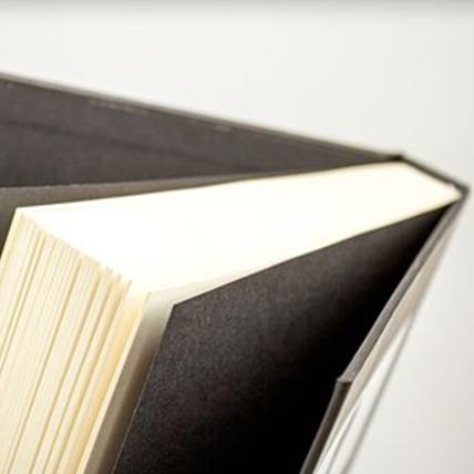 Livre d'art,<br /> couverture rigide